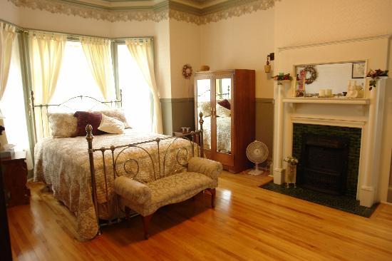 A Tanner's Home Inn