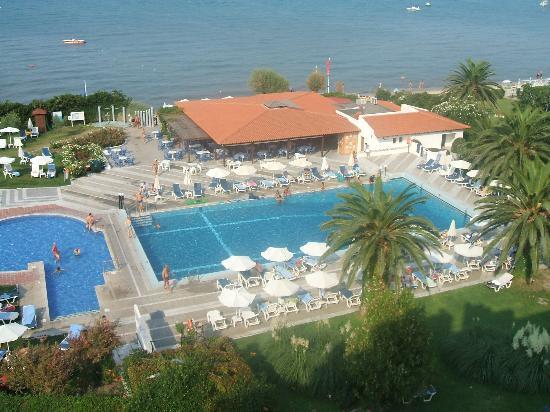 Grecotel Pella Beach: Hotel Pool Area
