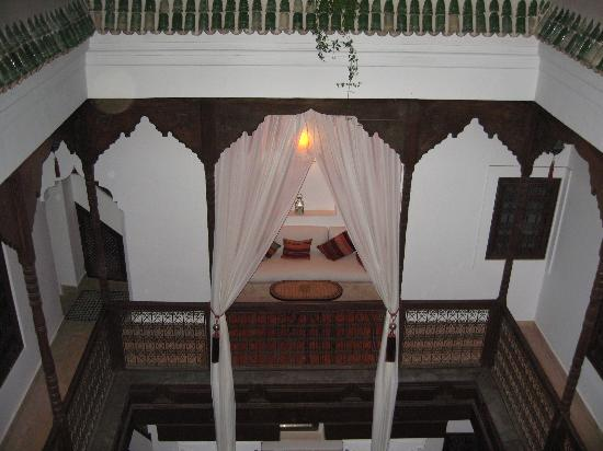 Riad Zolah: View from Roof Terrace to Courtyard