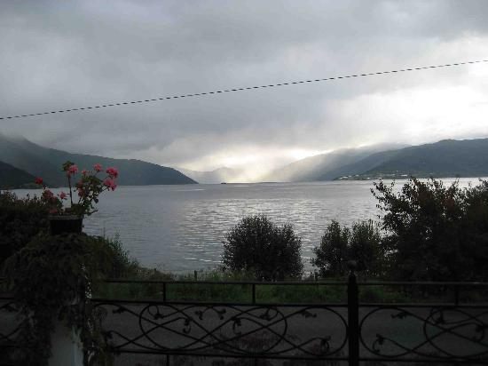 Balestrand Hotel: view from hotel lobby