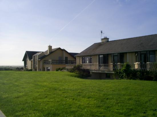 Arbutus Lodge Apartments : Arbutus Apartments