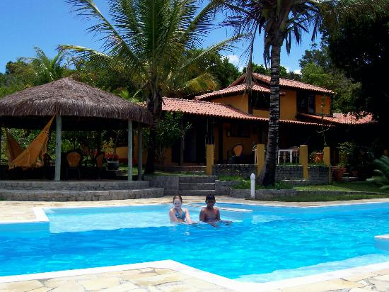 Pousada Mundo Verde: the swimming pool & restaurant behind...