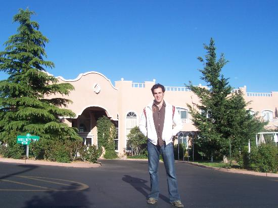 Forest Villas Hotel: back to calif...