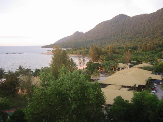 Саравак, Малайзия: Santubung Beach from Holiday Inn