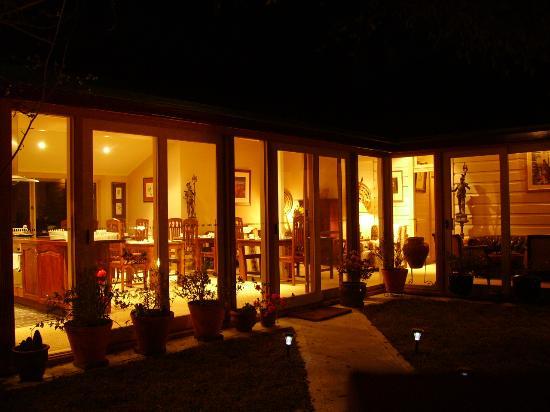 Lurline House: main entrance at night