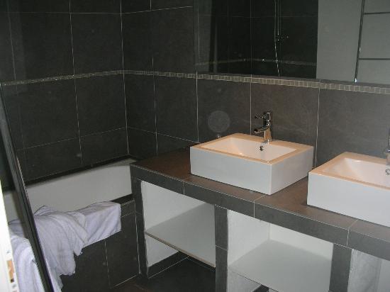 Hotel la Villa: salle de bain