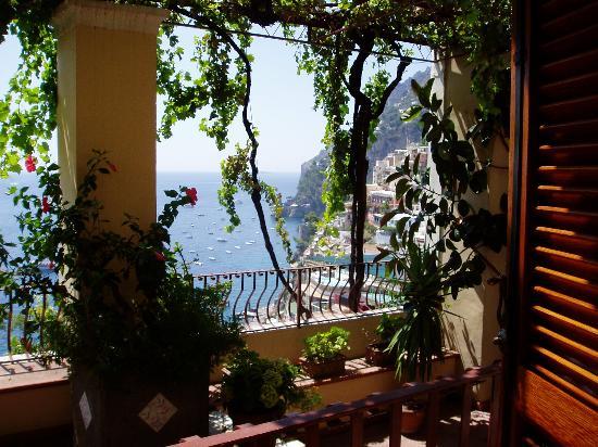 Hotel - Albergo California Positano: Veiw from our room