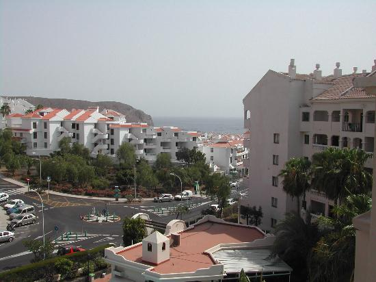 Castle Harbour Apartments: view from the balcony