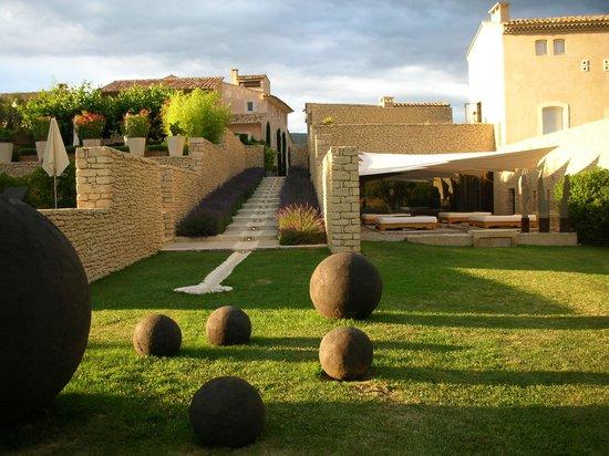 Saint-Saturnin-les-Apt, Francia: jardin