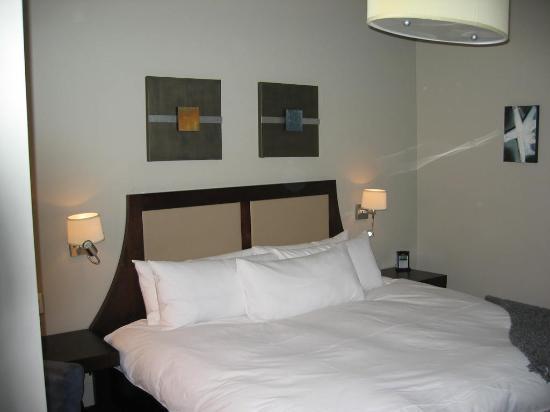 Hotel Nelligan : Room 325 -4