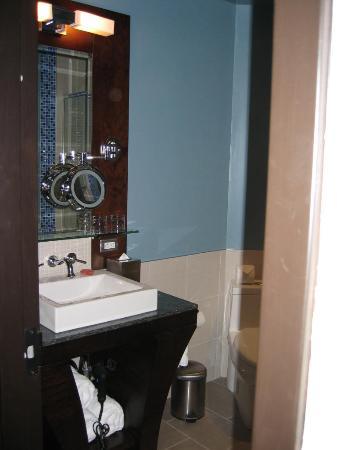 Hotel Nelligan : Room 325 - 5