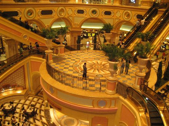 The Venetian Macao Resort Hotel: Central Foyer