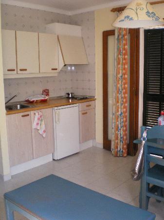 Blue Sea Es Bolero: Kitchen area