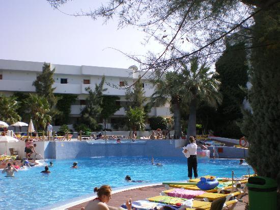Blue Sea Es Bolero: Swimming pool at Club Marthas