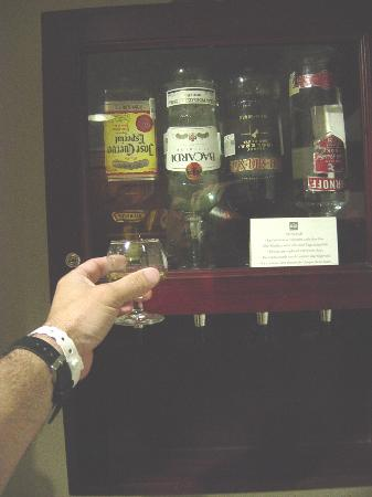 In Room Liquor Dispenser Picture Of Hotel Riu Palace Las Americas Cancun Tripadvisor