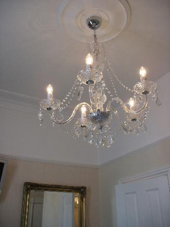 The Twenty One: Beautiful chandelier