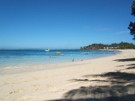 Mana Island Resort : South Beach