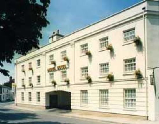 Leamington Spa, UK: Front of the hotel - lovely