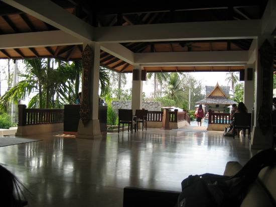 Ayara Hilltops Resort and Spa Surin Beach: the lobby