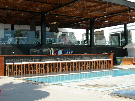 Napa Mermaid Hotel and Suites : Pool bar