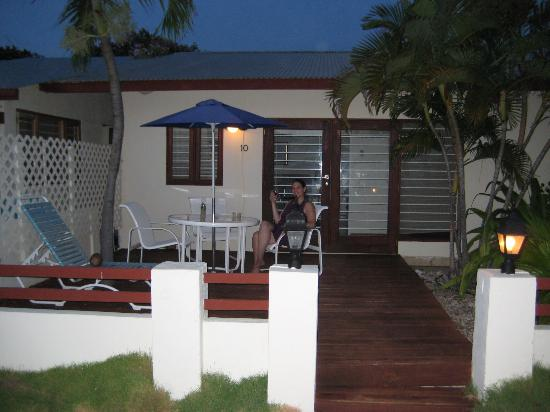 Malmok Beach, Aruba: The outside of our room
