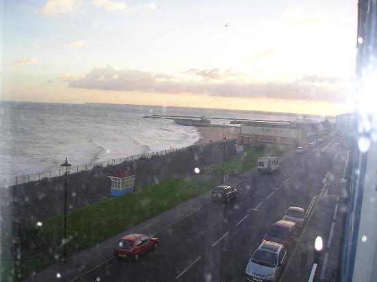 كومفورت إن رامزجيت: view from balcony room comfort hotel ramsgate