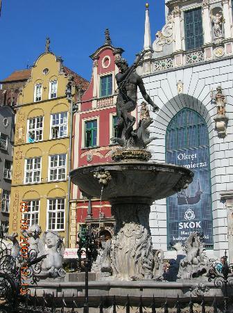 Neptune's Fountain (Fontanna Neptuna): Neptune Fountain, Gdansk