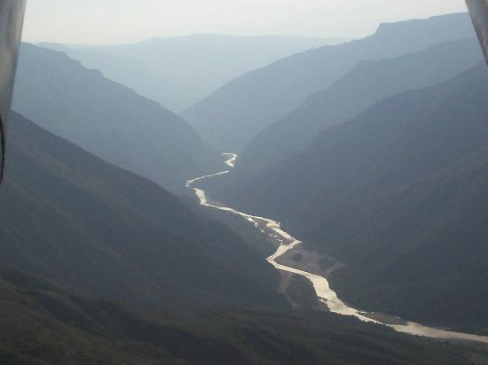 Parque Nacional de Chicamocha: El rio y el cañon del chicamocha