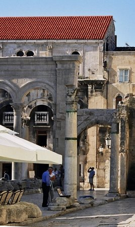 Split, Croacia: Inside Diocletians Palace