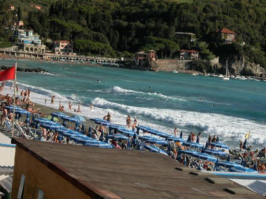 Levanto, Italy: la spiaggia