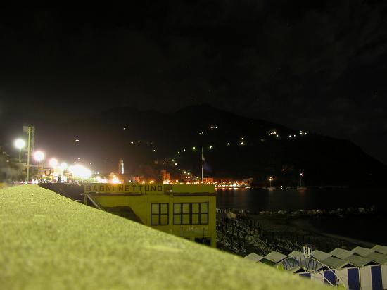 Levanto, Italy: scorcio notturno