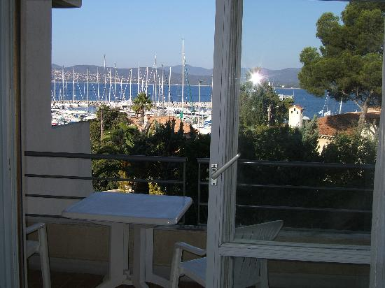 Hotel Brise de Mer : View of marina and sea