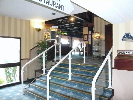 Bay Caledonian Hotel : Entrance \ Reception area