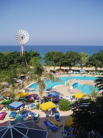 Pernera Beach Hotel : P.Beach