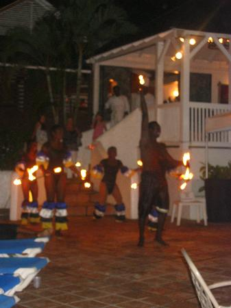 Windjammer Landing Villa Beach Resort: Fire throwers