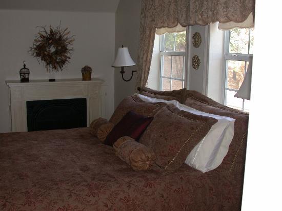 Blackberry Inn at Yosemite: Briar Rose room
