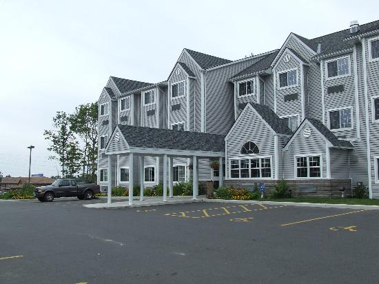 Parry Sound Inn and Suites: Microtel Inn