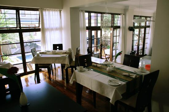 Derwent House Boutique Hotel: Dining-room