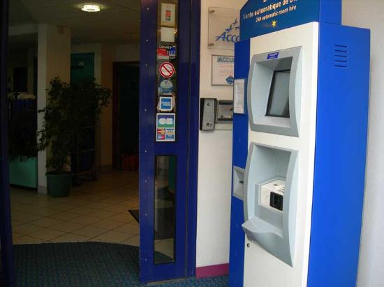 Ibis Budget Honfleur : Automated Check-In