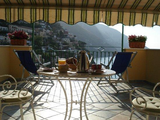 Casa Cosenza: Breakfast at Ti.. ehh Casa Cosenza's