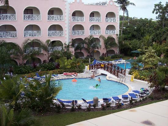 Barbados Beach Club: toddler pool