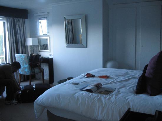 twentytwo : Room 2