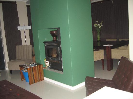 twentytwo : Common lounge area