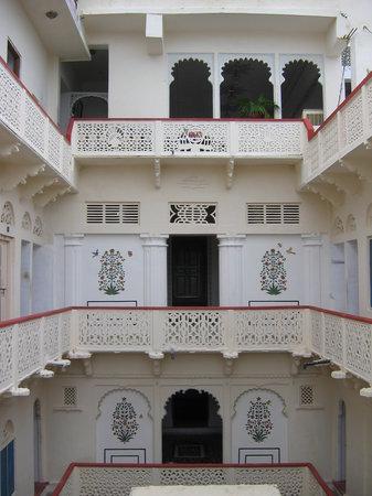 Hotel Gangaur Palace / Ashoka Art