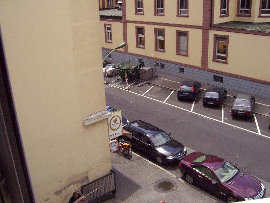 Alleenhof Hotel: View from Hotel Window, view shows side street to neighborhood and hospital