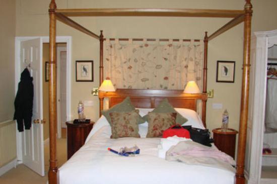 Bruern Cottages: Bed 1