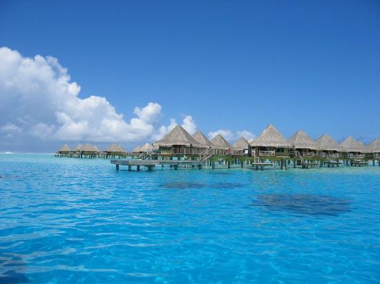 InterContinental Bora Bora Le Moana Resort: View of the bungalows