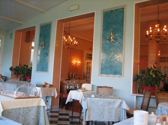 Villa Elisa: dining area