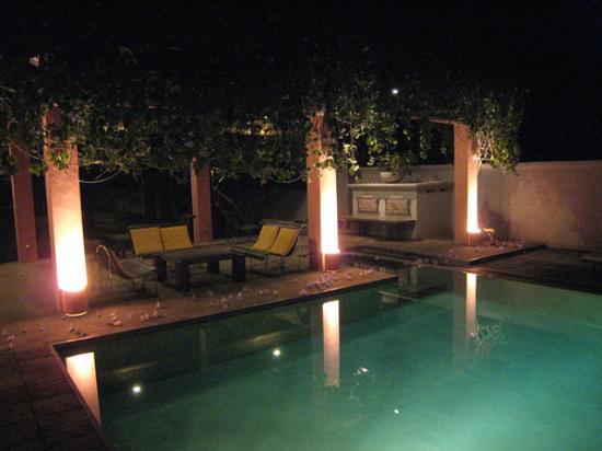 Casa Siena: the pool v. nice lit up at night
