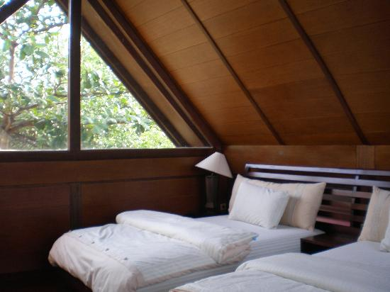 Pulau Umang Resort & Spa: The bedroom